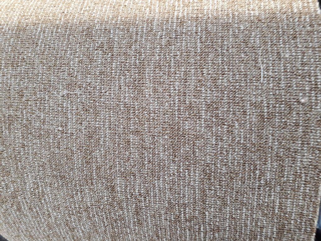 Bild: DURA Teppichboden-Feinschlinge